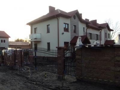Dom w zabudowie bliźniaczej w Sulejówku